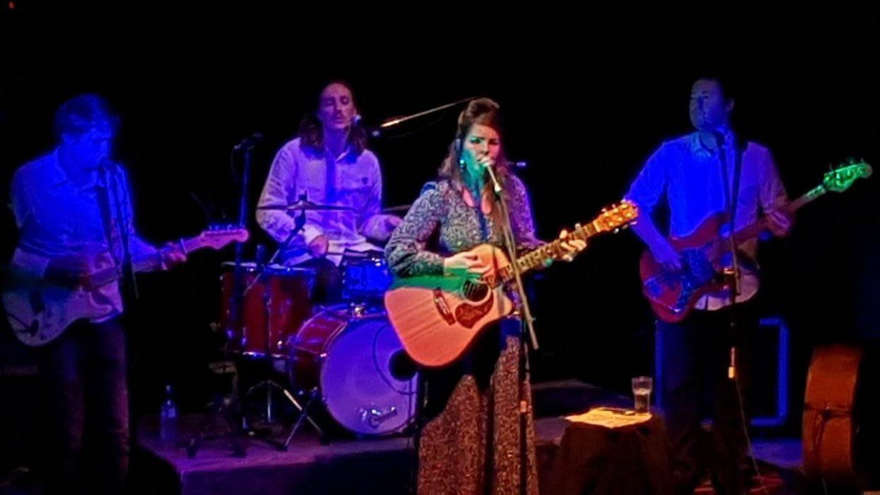 Mel Parsons – Live @ Galatos, Auckland 2017